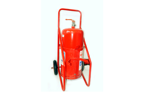 Carros de gran capacidad, extintores de 25, 50, 75 y 100 Kg.